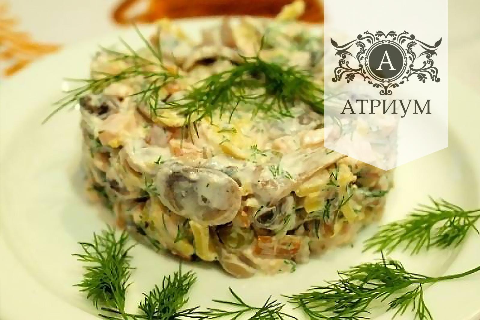 Пошаговый рецепт салата с шампиньонами и курицей